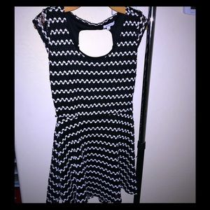 Black and white with back cutout.